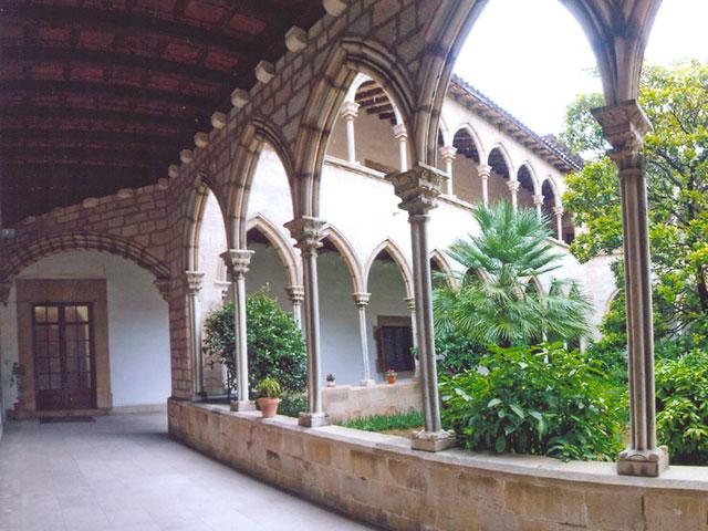 Monasterio esplugues de llobregat barcelona monjas for 11 marine terrace santa monica